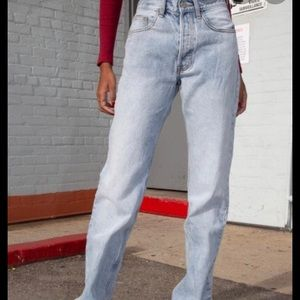 Brandy Melville light wash mom jeans